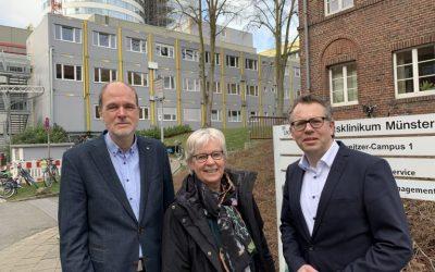 Bundestagsabgeordnete Maria Klein-Schmeink informiert sich beim UKM über ReKo-Projekt